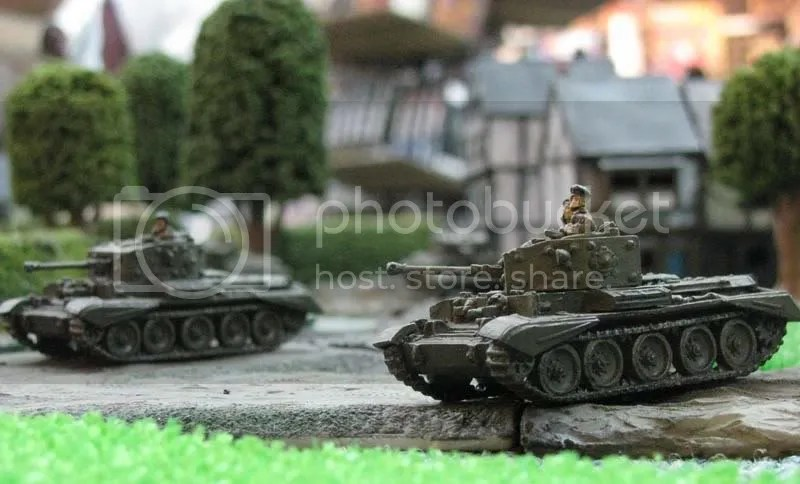 British Cromwell IV and Cromwell IV CS (15mm) (1/6)