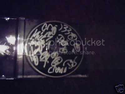 """//i49.photobucket.com/albums/f293/bandmerchandise/slipknot-signed-cd.jpg"""" cannot be displayed, because it contains errors."""
