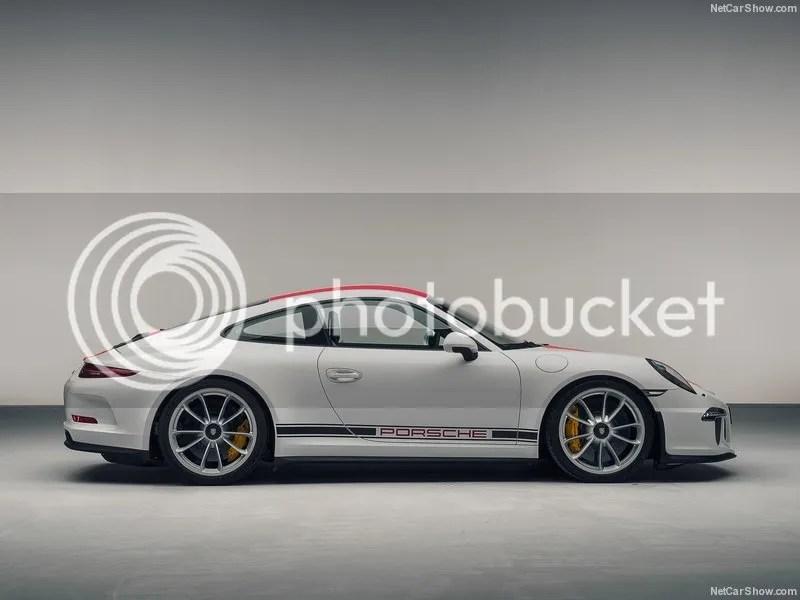 photo Porsche-911_R_2017_800x600_wallpaper_06.jpg