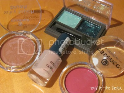 make your own play make-up