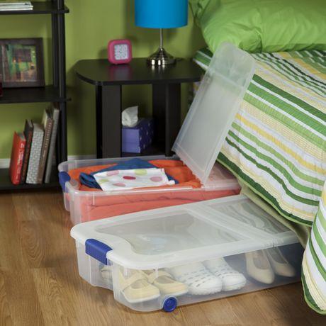 boite de rangement sous le lit sur roulettes ultramc de sterilite de 62 l en bleu