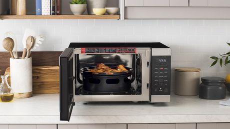 galanz 0 9 cu ft air fry microwave