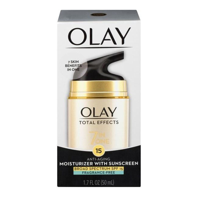 Olay Anti-Aging Moisturizer with Sunscreen SPF 15, 1.7 FL OZ