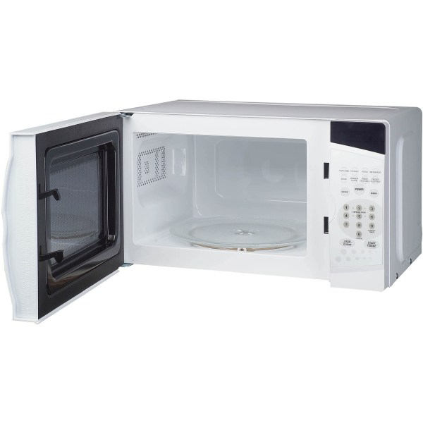 Magic Chef 0.7 Cu Ft Countertop Microwave White