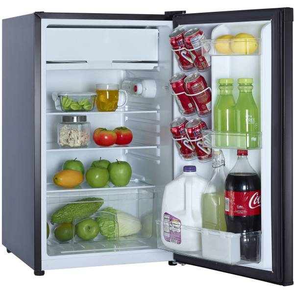 Magic Chef 4.4 Cu Ft Compact Single Door Refrigerator Black 665679005604
