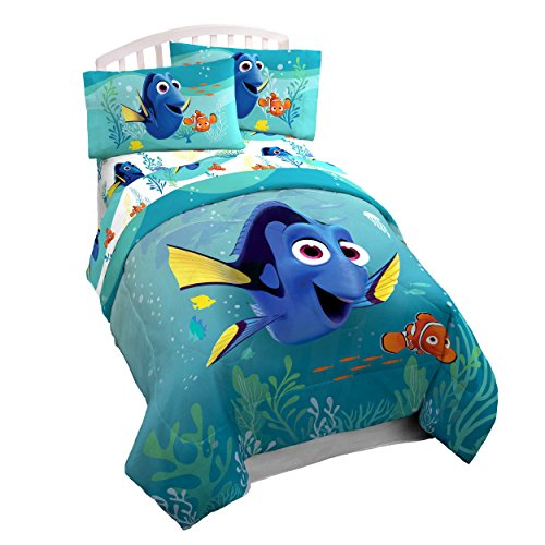 Disney Pixar Finding Dory Stingray Twin Comforter Super Soft Kids Reversible Bedding Features Dory And Nemo Fade Resistant Polyester Microfiber Fill Official Disney Pixar Product Walmart Canada