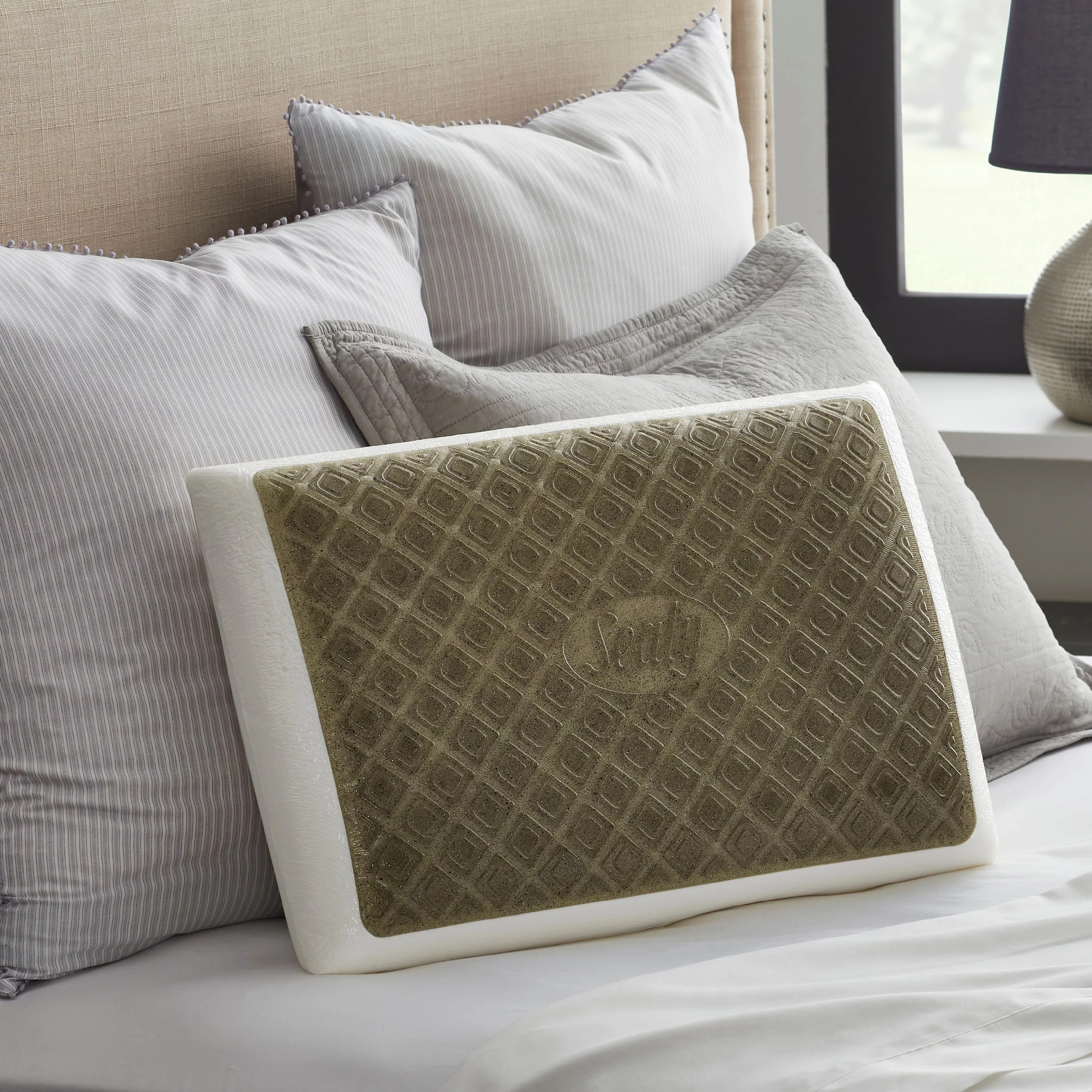 sealy chill gel charcoal memory foam bed pillow
