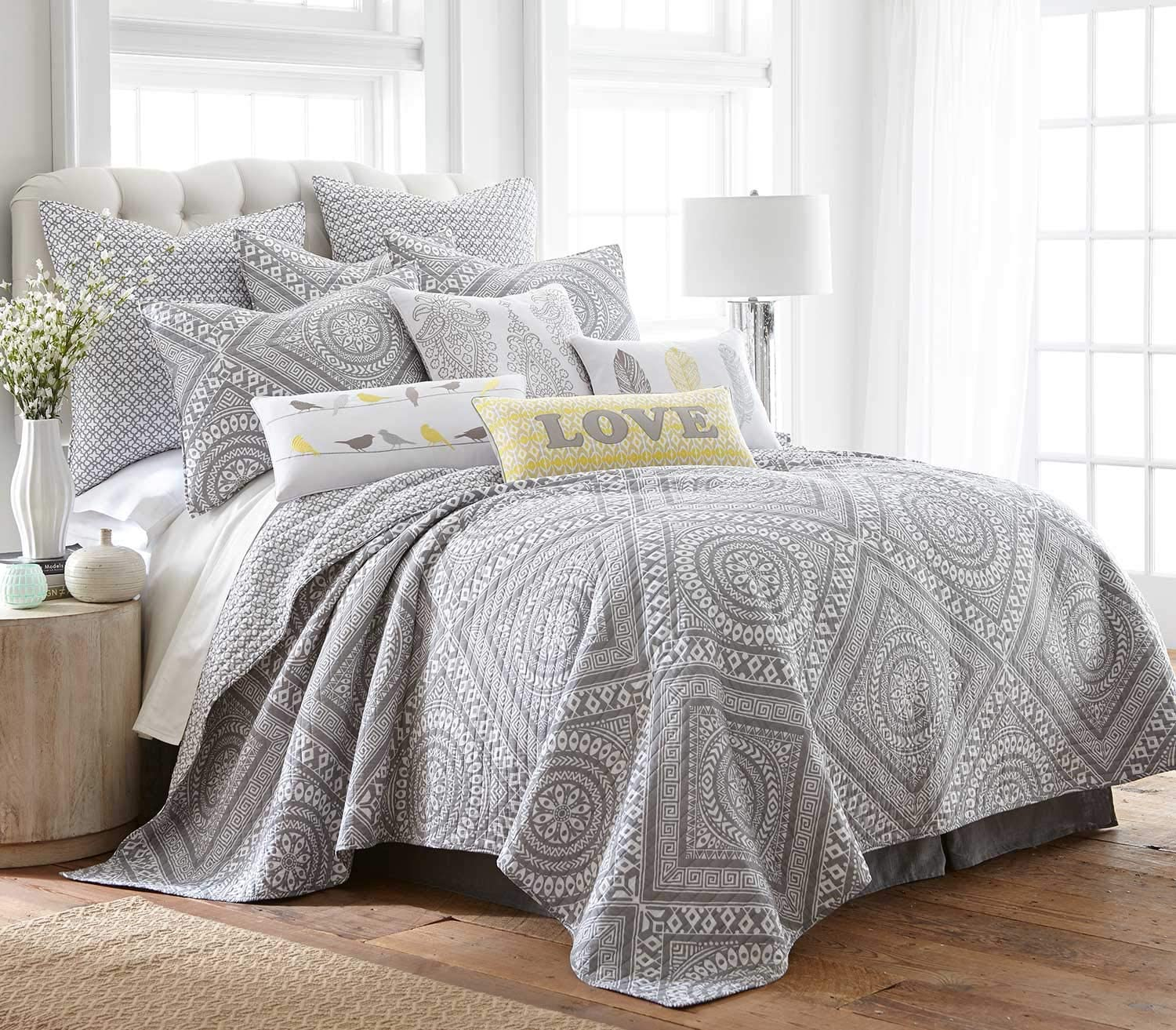 levtex home bilbo grey quilt set king quilt two king pillow shams grecian tile medallion in grey and white quilt size 106x92in and pillow