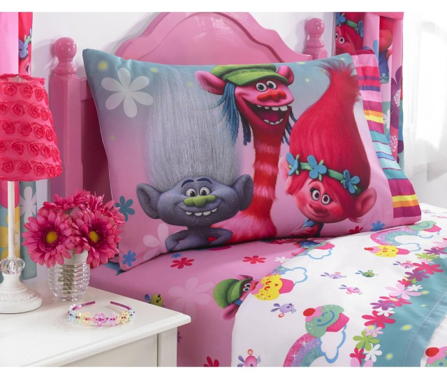 Dreamworks Trolls Show Me A Smile Polyester
