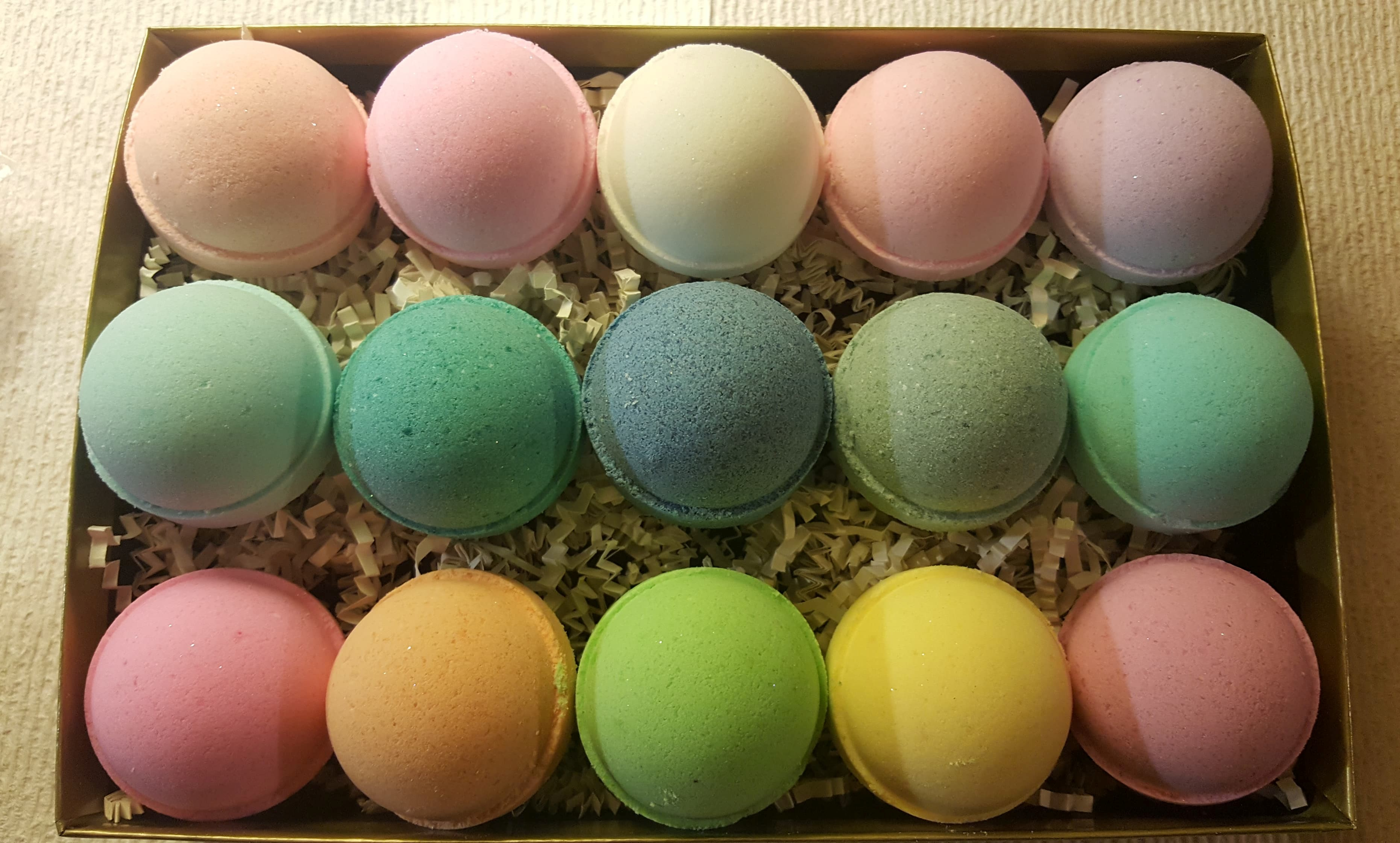 100 BATH BOMBS Wholesale - USA Made Organic & Natural Fizzies Fun Bridal or Baby Shower Favors. Buy Bulk & Save. Makes a Unique Relaxing Gift Idea ...