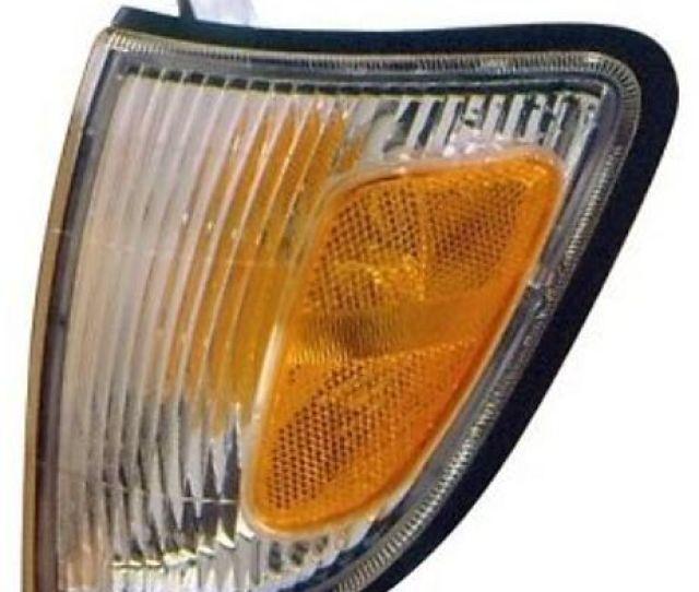 97 00 Toyota Tacoma 2wd Corner Light Turn Signal Lh