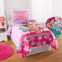 Paw Patrol Puppy Girls Pink Twin Comforter & Sheets (4