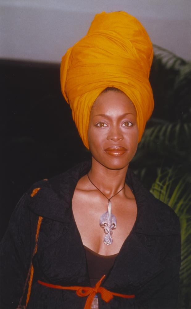 erykah badu posed in portrait photo print 24 x 30
