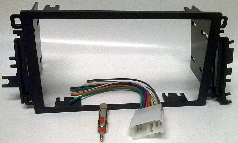 hight resolution of radio dash kit wire harness and antenna adapter for installing a new double din radio into a suzuki vitara 1999 2004 grand vitara 1999 2002