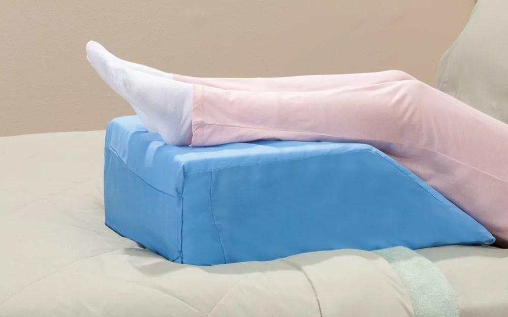 leg lift wedge pillow