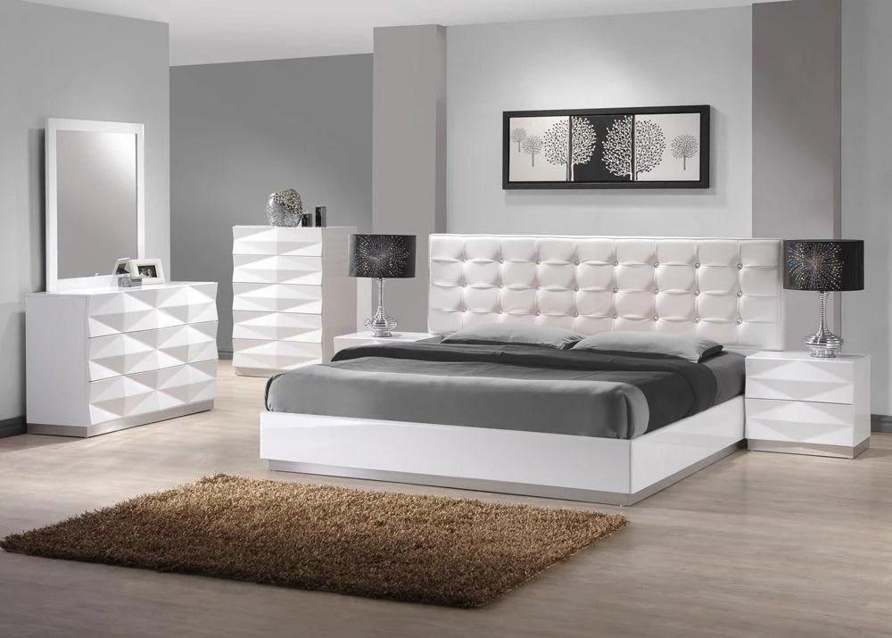 Modern White Lacquer Premium Leather King Size Bedroom Set 3pcs J M Verona Walmart Com Walmart Com