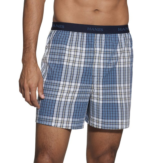 Hanes Mens 5-Pack Classics Fashion Plaids Boxer - Colors May Vary