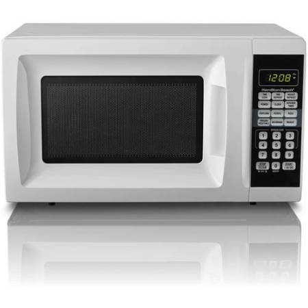 Hamilton Beach 0.7 Cu. Ft. Microwave Oven, White