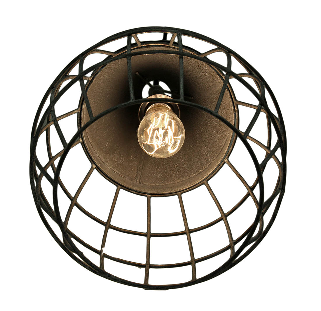 hight resolution of after binding the three live brown wires together remaining ceiling ceiling light fixture two black wires elhouz