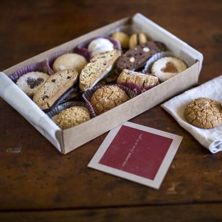 Gluten Free Gifts 4 -- Alder Creek Gift Baskets All Occasion Gluten-Free Italian Gourmet Cookies