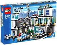 City Police Headquarters Set LEGO 7744 - Walmart.com
