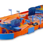 Hot Wheels Slot Track Pack With Carrying Case Two 1 64 Cars And 5 5 Feet Of Track Walmart Com Walmart Com