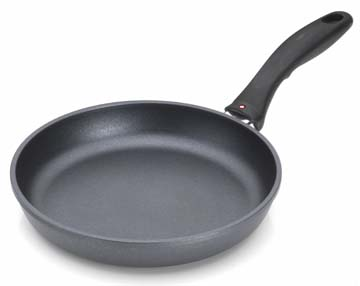 "Swiss Diamond 9.5"" Fry Pan"