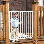 Cardinal Gates Stairway Special Outdoor Child Safety Gate Walmart Com Walmart Com