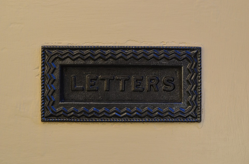 canvas print envelope door