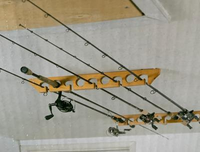 old cedar outfitters wooden ceiling horizontal rod rack 9 capacity
