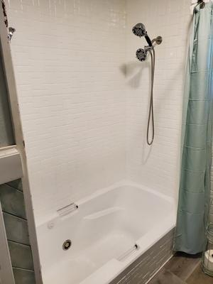 rust oleum tub and tile white aerosol spray paints