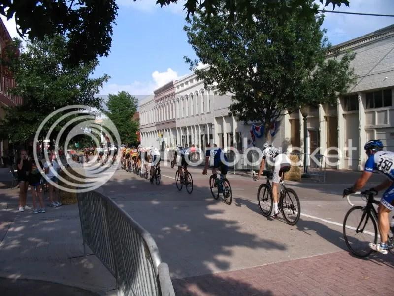 Racers in Bike The Bricks