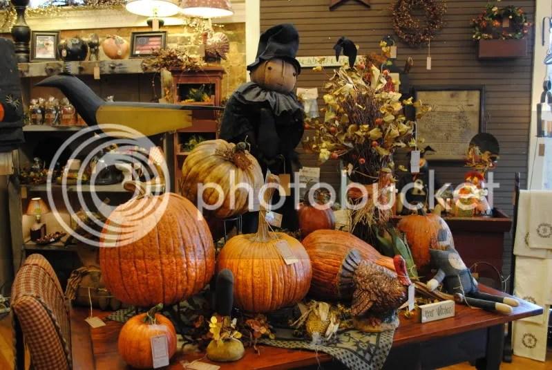 Pumpkins at Plum Creek Primitives