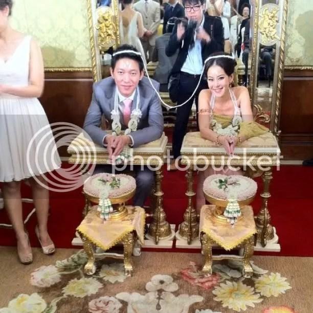 Chakrit yamnam and woon sen wedding hairstyles