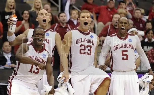 As always, the Oklahoma Mens Basketball Glee Club opens practice with a spirited rendition of the state song.