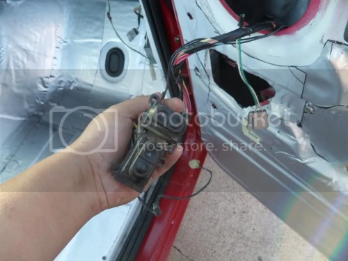 small resolution of passenger kick panel connector on top is brown and black bottom connector is green w yellow stripe and the other is black w a baby blue stripe