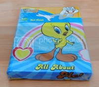 Looney Toon Tweety Bird Queen Size Bed Sheet Set 5 pcs.
