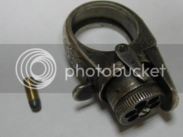 baguepistoletabroche 08 As 15  Armas inacreditáveis do passado