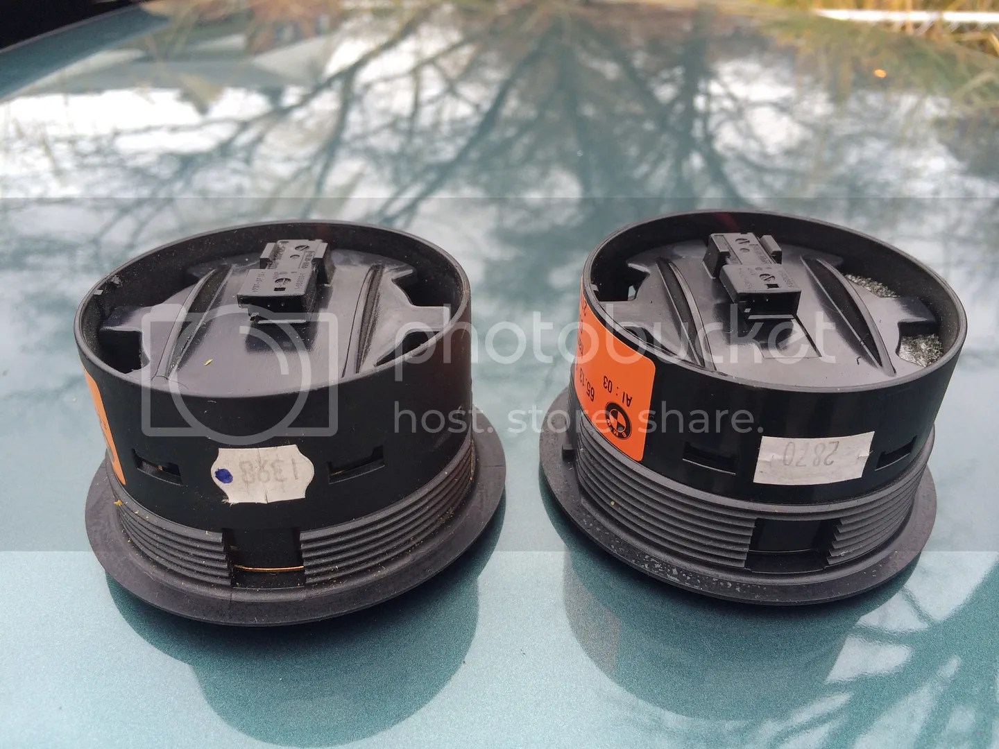 hight resolution of well here are the comparison pictures between my current e36 hk mid range speaker and the e46 sedan hk mid range speaker