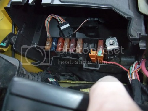 small resolution of removing engine bay fuse box now with piccys userpostedimage