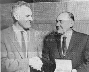 William Young Receiving Tolman Medal from Robert Pecsok photo fe2cb5d6-31f6-40da-95b4-c0270f9ed9a0.jpg
