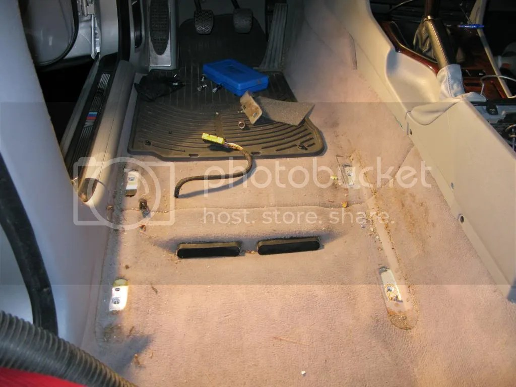 hight resolution of want pictures of the rear carpet removal i can upload them if people are interested