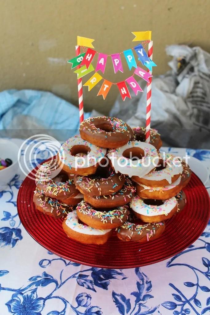 photo Donut cake 1_zpsjjaqzxuq.jpg