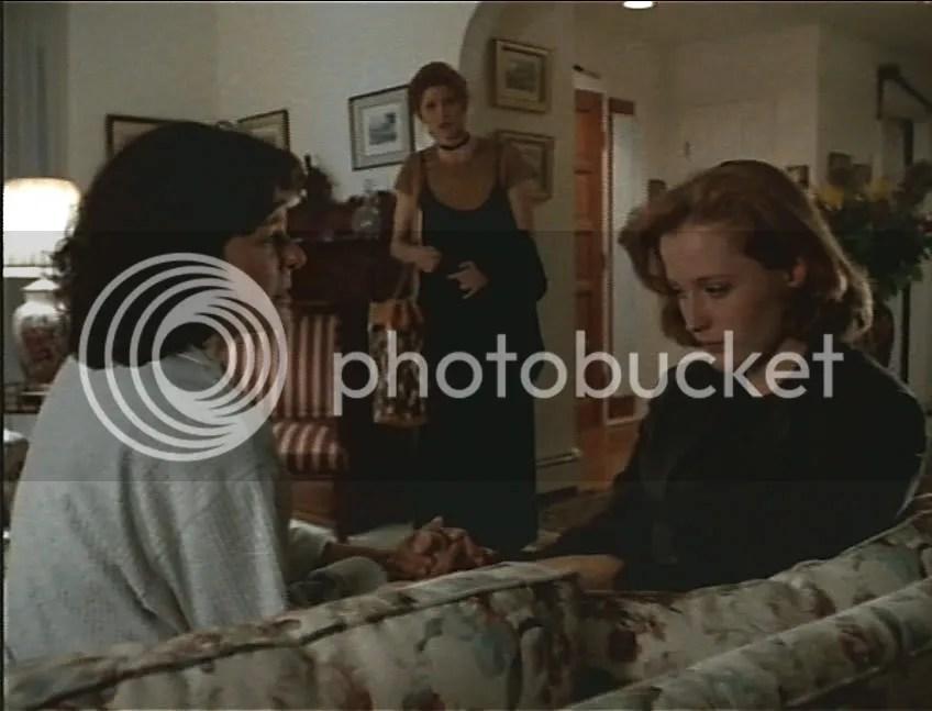 El matriarcado Scully en acción, aunque la escena fuera eliminada