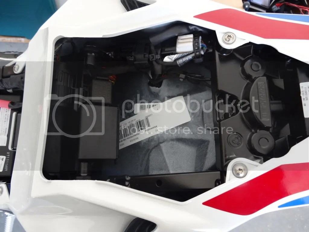 blue sea add a battery wiring diagram basketball court coaches printable fuse box, tender, powered tail bag - bmw s1000rr forums: sportbike forum