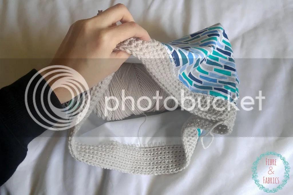 Crochet Fusion Tote Bag • Fibreandfabrics Craft Blog #fibreandfabric #crochet #sewing