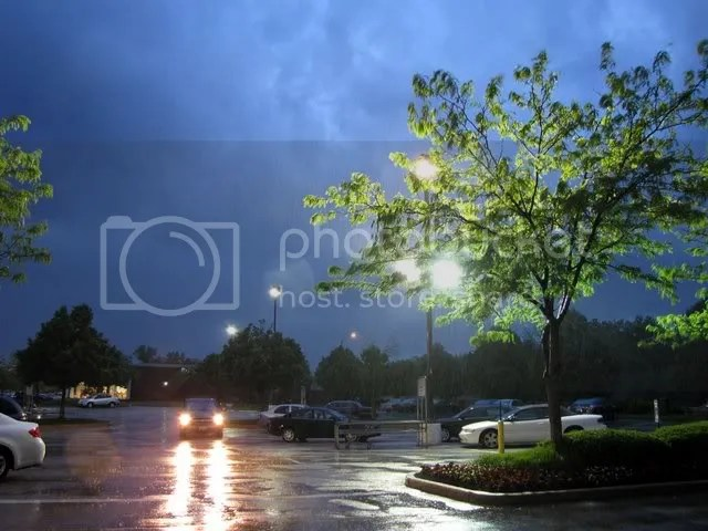 rainy evening schnucks 150509