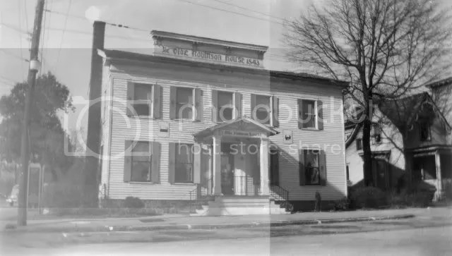 Ye Old Robinson House, 1940, on Erie St. near Mill St.