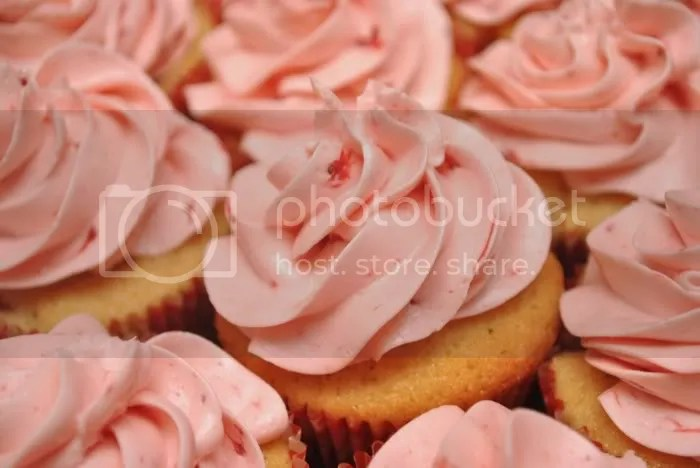 Strawberry Mousseline Buttercream