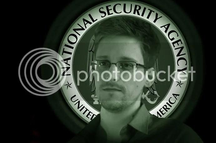 photo Saint Snowden_zps1m2xwev5.jpg